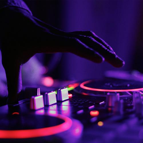 geluid - muziekinstallaties - verhuur materiaal - Aventi